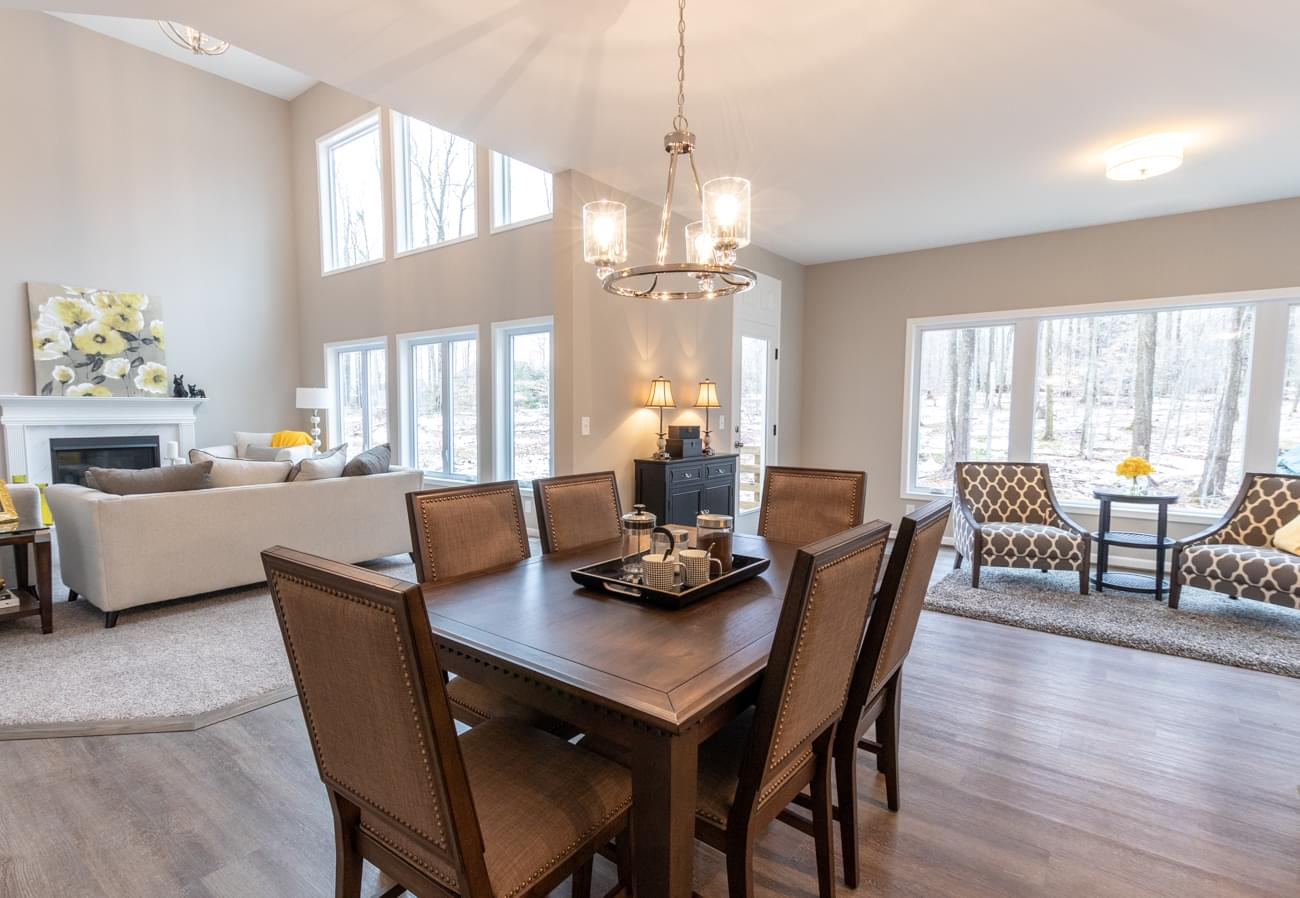 You're Invited to a New Home Tour at Eagle Heights